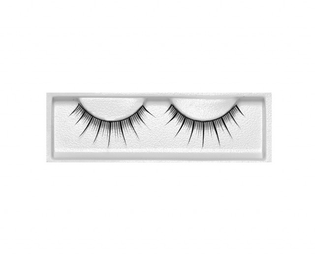 Steady-Selling-Eyelashes-RB8